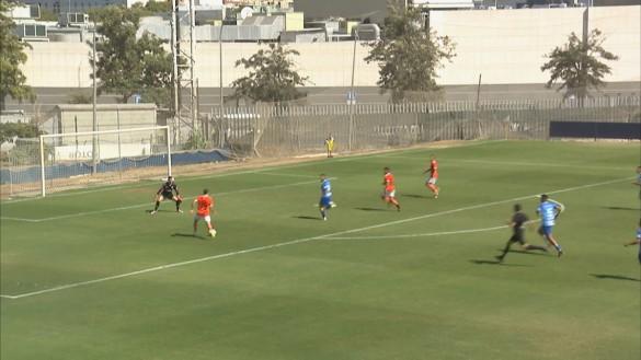 Tercera victoria consecutiva para el FC Cartagena (0-2)