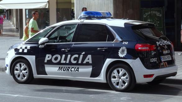 Detenido por robar más de 1.300 euros en ropa en la pedanía de Cabezo de Torres