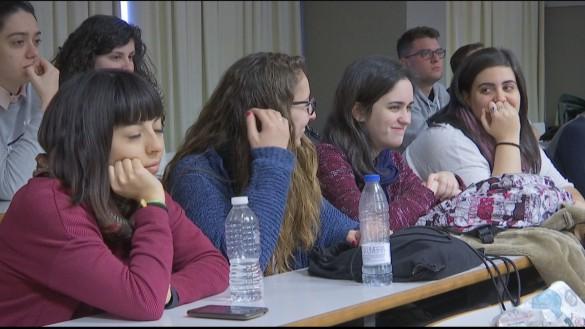 Uno de cada tres alumnos no finaliza la carrera universitaria que comienza