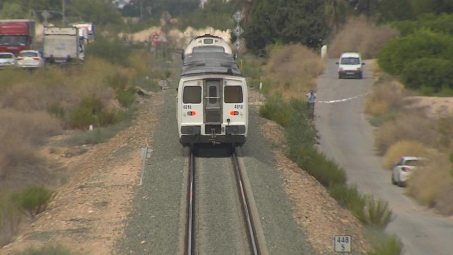 Fallece una mujer tras ser arrollada por el tren en Las Torres de Cotillas