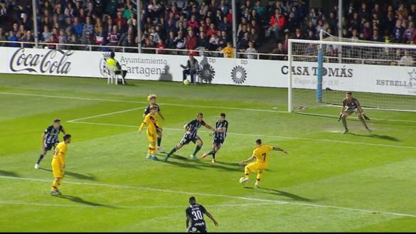El Barça se lleva el triunfo y el cariño de Cartagena en el amistoso solidario (0-2)