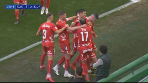El Murcia perdona y pierde una oportunidad de oro (2-2)