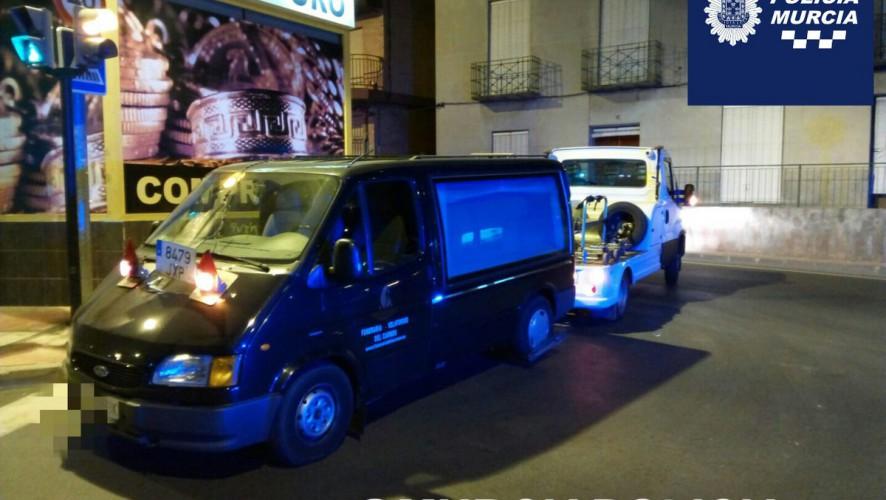 """Detenido en Murcia por robar un furgón funerario con el que quería """"marcharse de la ciudad"""""""