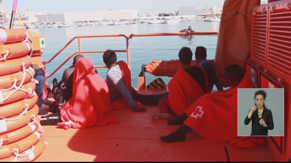 Interceptan tres pateras con 32 inmigrantes en Cartagena