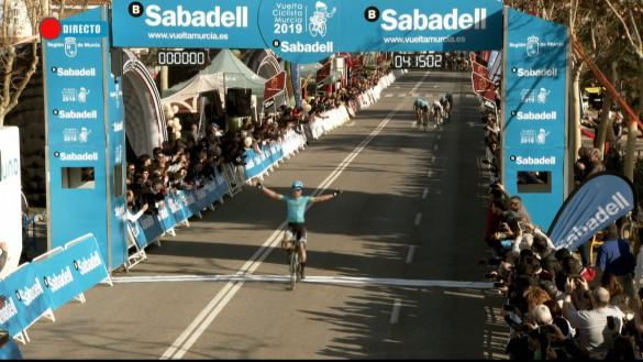 Pello Bilbao, de Astana, ganador de la primera etapa de la Vuelta a Murcia