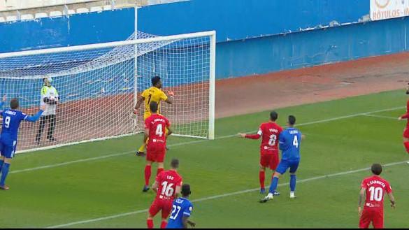 El Lorca Deportiva sigue sin encontrar premio (0-3)