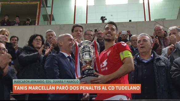 El Real Murcia, campeón de la Copa Federación tras ganar al Tudelano en los penaltis (1-1)