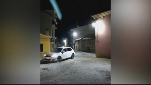 El frente frío deja una pequeña nevada en Moratalla y fuertes vientos en toda la Región