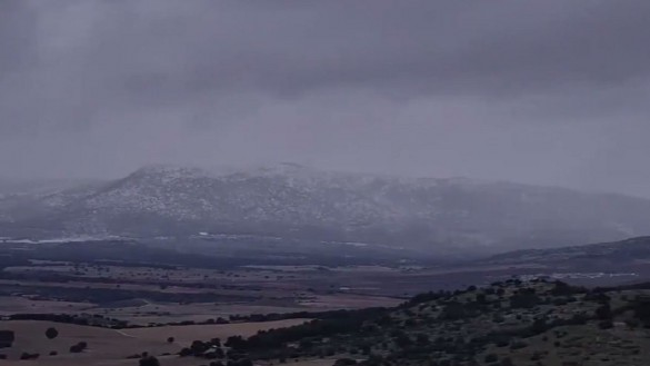 La nieve cae sobre las sierras del Noroeste de la Región de Murcia