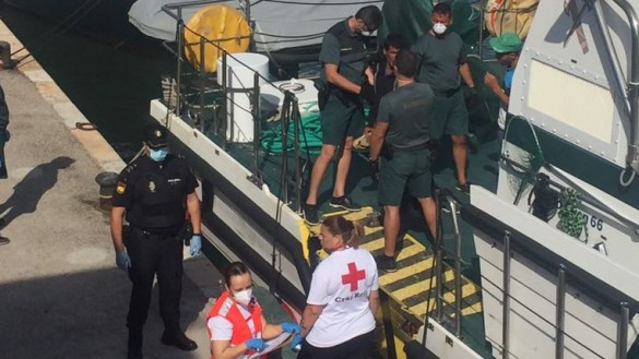Interceptada una nueva patera con 11 personas a 5,6 millas al sur de Cabo de Palos