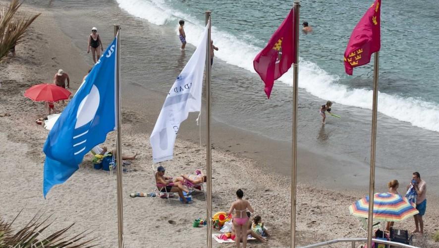 Un total de 37 playas de la Región lucirán las banderas 'Q' de calidad