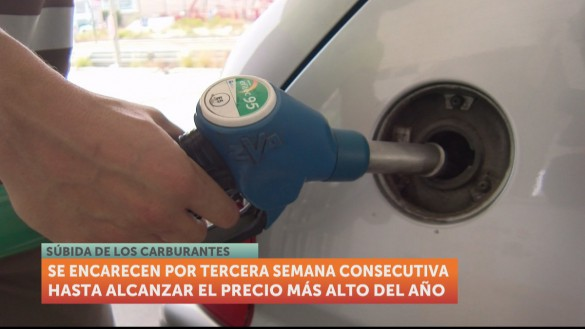 El precio de los carburantes sube por tercera semana consecutiva y alcanza su pico más alto