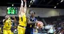 El UCAM pierde su pleno de victorias en Europa ante el colista del grupo (81-80)