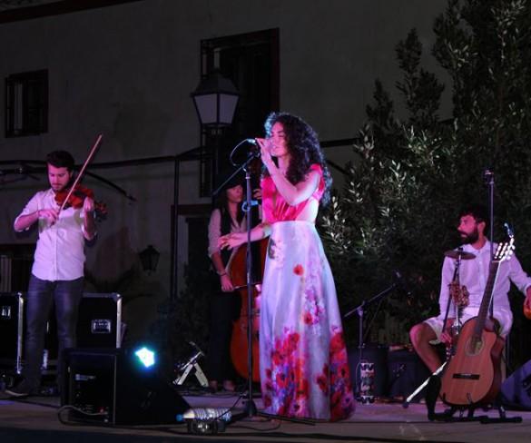 Amarela presenta en Puerto Lumbreras 'El viaje de la luz', nuevas canciones con tintes folk y jazz