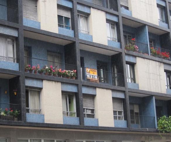 Murcia es la región que más baja el precio de la vivienda en el primer semestre, un 8,15%, según pisos.com