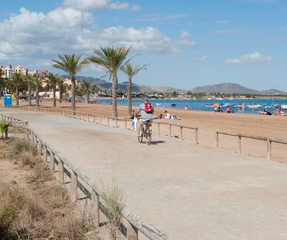 La Asociación de Esclerosis Múltiple de Cartagena y Comarca organiza este domingo la VI Travesía Solidaria del Mar Menor