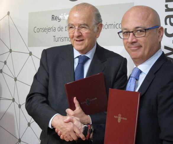 Un acuerdo entre la Comunidad y BMN permite por primera vez el anticipo de subvenciones a las empresas de la Región