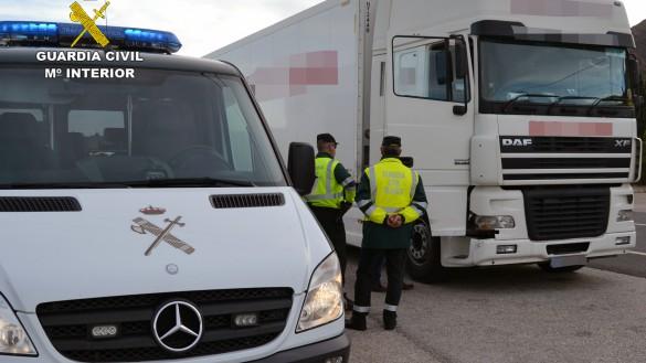 Detenido por tercera vez el conductor de un camión por sextuplicar la tasa de alcoholemia