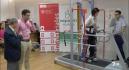 Ancianos de Cieza prueban el exoesqueleto de la UPCT para andar sin esfuerzo