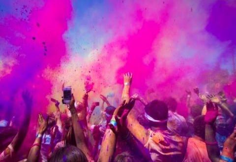 Cinco municipios de la Región se llenarán este verano de colores y diversión con la 'Holi Day Party' y la 'Spume Run'
