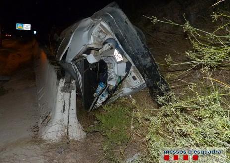 Un camionero murciano, drogado y sin carné, provoca un accidente en Tarragona