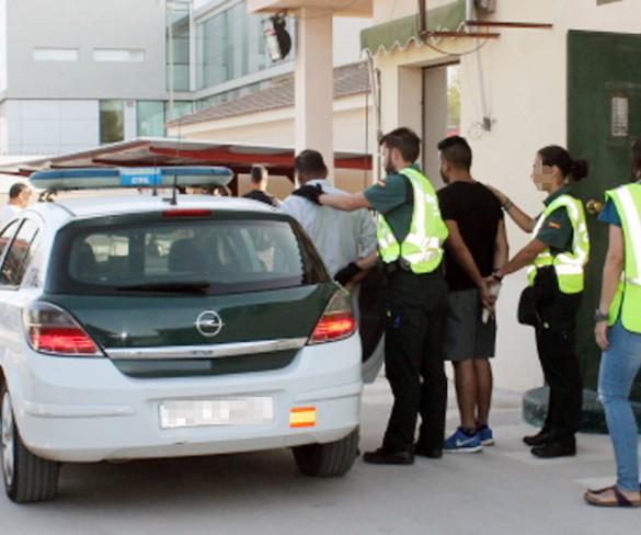 Detenidas tres personas en dos riñas tumultuarias con el empleo de armas blancas