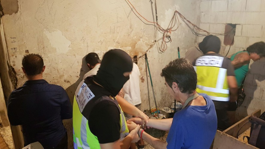 La Policía Nacional desarticula un punto de venta de droga en Los Mateos (Cartagena)