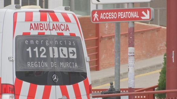 Cinco heridos en un choque entre dos vehículos en Santomera