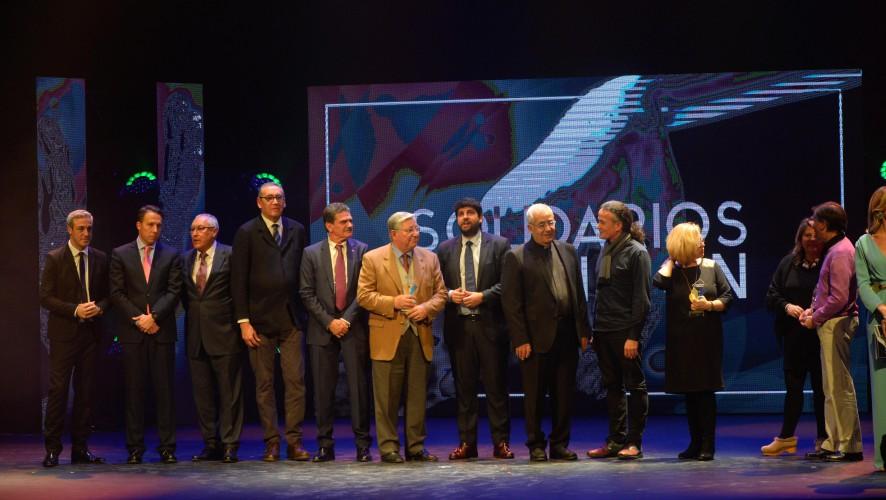 Colabora con los Premios Solidarios de la Región