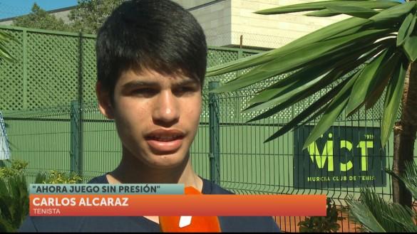 El joven tenista Carlos Alcaraz rompe récords