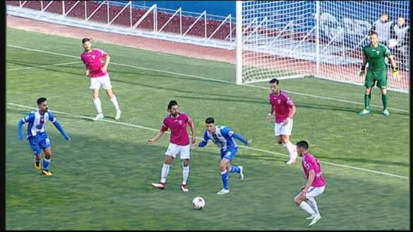 El Lorca Deportiva planta cara a un Marbella líder (0-0)