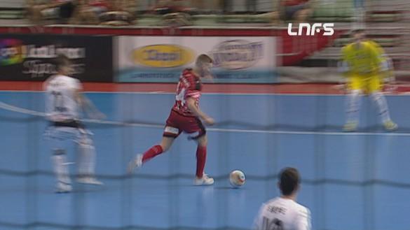 ElPozo vence al Navarra y se clasifica para las semifinales (4-3)